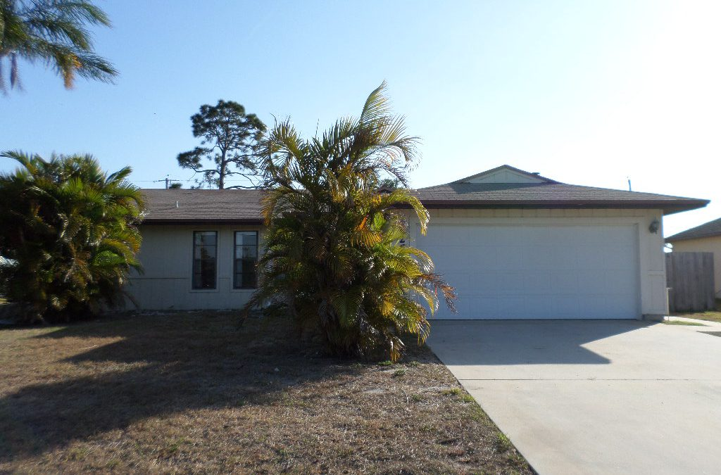 Seller Says Bring ALL Reasonable Offers! (PT ST LUCIE, FL)
