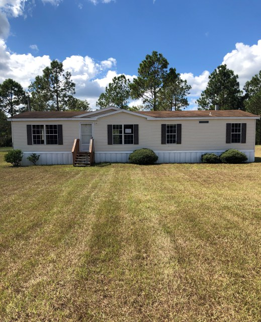 AGED ASSET! Make An Offer Now! HILLIARD, FL