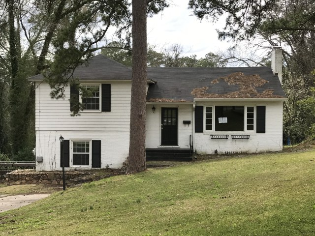 JUST LISTED IN HISTORIC INGLESIDE! MACON, GA